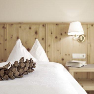 """Zimmer """"Zirbe"""" Stella Hotel Stern B&B Südtirol Dolomiten"""
