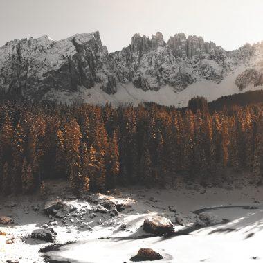 Karersee Winterwandern in Südtirol Hotel Stern